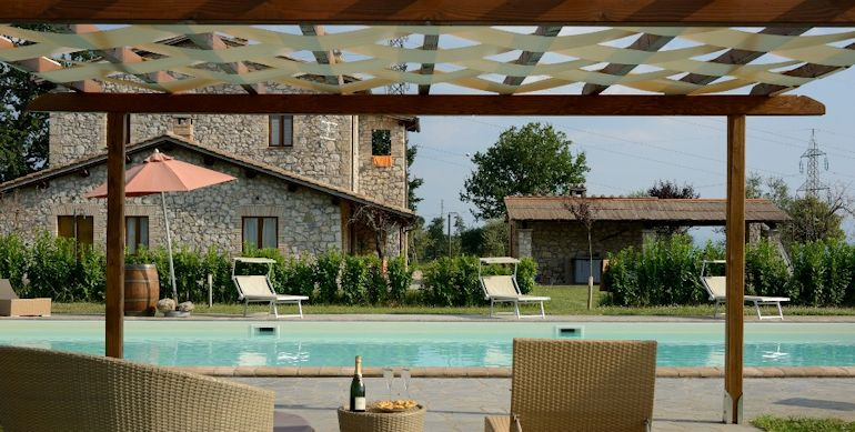 Beautiful and thriving agriturismo for sale