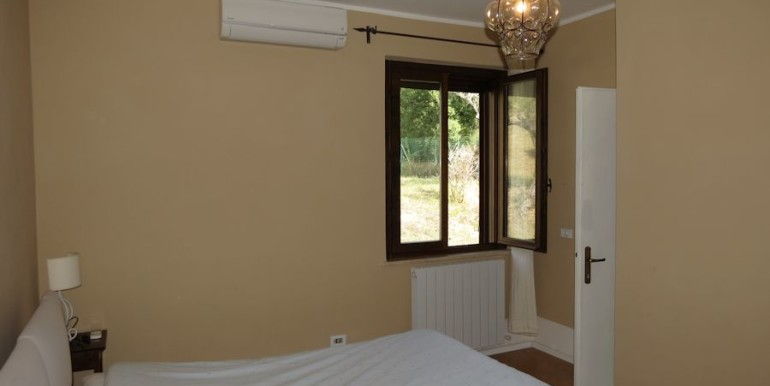 bedroom with en-suite bathroom a/c and view olive groove